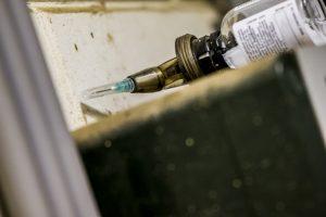 Hoeveel antibiotica werd er in de pluimveesector gebruikt in 2020?