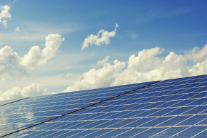 Zonnepanelen op dak? Zes knelpunten en oplossingen
